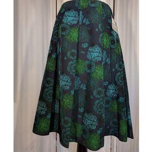 NWT Liz Claiborne lightweight & flowy skirt